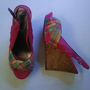 Steve Madden pink plaid fabric wedges-sz 6M